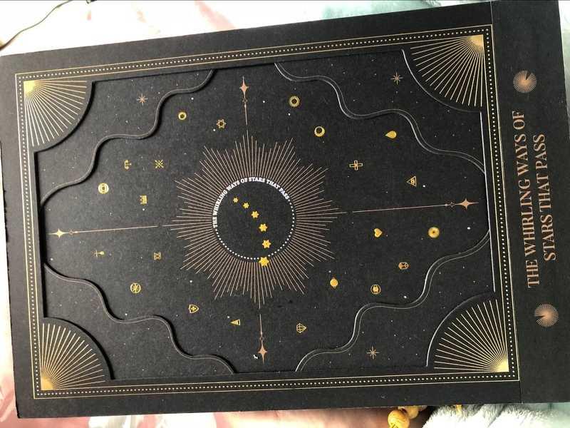 THE WHIRLING WAYS OF STARS THAT PASS タロットカード+イラスト集セット