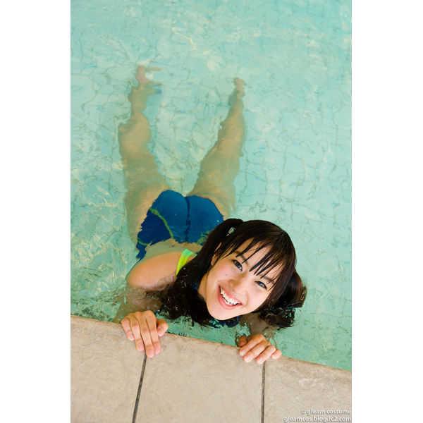 競泳水着の彼女のペシェ 夏目雅子F4U